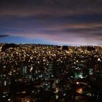泥棒市とおばプロとラパスの夜景と