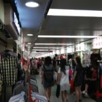 広州で安く服を買うなら広州駅近辺で間違いなし。ただしクオリティは保証しません
